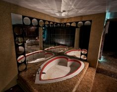 The Abandoned Penn Hills Resort in the Pocono Mountains – Abandoned Playgrounds