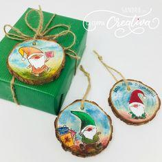 Blog - La Coppia Creativa Marianne Design, Diy And Crafts, Scrap, Coconut, Drop Earrings, Christmas Ornaments, Holiday Decor, Tutorial, Home Decor