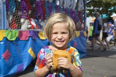 A cute behind-the-scenes shot from our #OhioStateFair photoshoot last month! #tiedye #tiedyed #photoshoot