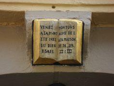 Text: Venez montons a la montagne d'éternel a la maison de dieu de Jacob Esaie II :III.  Walloon Church, Leeuwarden.