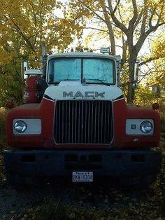 Mack Truck r-model 1977 Ready to work