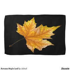 Autumn Maple Leaf Kitchen Towel. #home #interior #decoration #gifts #autumn #fall #leaves #towels