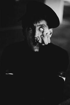 Givenchy | Black & White | Schizophrenie