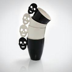 ♥SAMI RINNE DESIGN Skull Mug. WANT: www.moraapproved.com