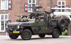 MERCEDES BENZ Cloggy G Wagen