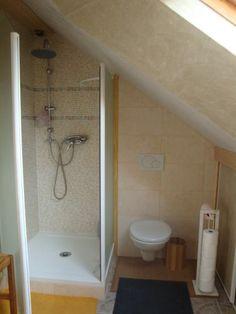 Plus de 1000 id es propos de sbd cuisine sur pinterest salle de bains ik - Douche italienne sous pente de toit ...