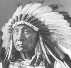 native american indians pictures | while the native american indian headdress did make the wearer