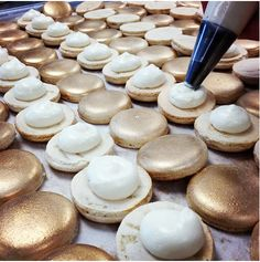 """""""Champagne wishes and macaron dreams"""", loving our new champagne macaron!"""