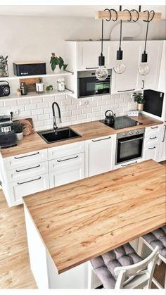 Living Room Kitchen, Diy Kitchen, Kitchen Interior, Kitchen Dining, Kitchen Ideas, Small White Kitchens, Small Space Kitchen, Galley Kitchen Remodel, L Shaped Kitchen
