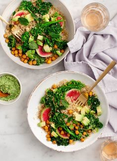 These veggie-packed quinoa bowls are a healthy, delicious dinner or make-ahead lunch. Vegan & gluten free.