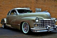 1947 Cadillac Maintenance/restoration of old/vintage vehicles: the material for new cogs/casters/gears/pads could be cast polyamide which I (Cast polyamide) can produce. My contact: tatjana.alic@windowslive.com