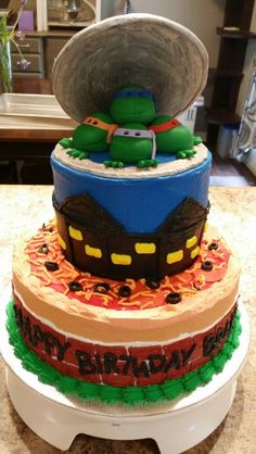 TMNT cake by Karen's Kaykes