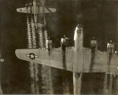 B17Gs en route to pound the Third Reich