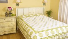 Green Bed Sheets - Quality Bed Sheets - Hand Block Printed from Attiser Flat Sheet Sizes, Flat Sheets, Cotton Sheets, Cotton Sheet Sets, Green Bed Sheets, Luxury Bedspreads, Queen Sheets, Indian Block Print, Queen Size Bedding