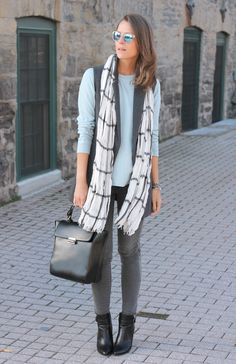 Love the mix of gray, white, and light blue.