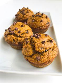 Pumpkin Chocolate Chip Muffins — the healthy haff Pumpkin Pie Spice, Pumpkin Puree, Protein Snacks, Healthy Snacks, Pumpkin Chocolate Chip Muffins, Coconut Sugar, My Recipes, Baking Soda, Peanut Butter