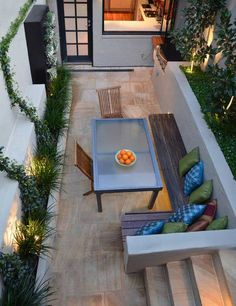 18 Clever Design Ideas for Narrow and Long Outdoor Spaces