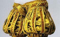 Attire of Moritz von Sachsen in heraldic colours created in Deposited in © Rustkammer, Dressden. Extant originals - European renaissance, Attire of Moritz von Sachsen Mode Renaissance, Costume Renaissance, Renaissance Clothing, Renaissance Fashion, 16th Century Clothing, 16th Century Fashion, Clothing And Textile, Antique Clothing, Historical Costume