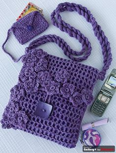 Crocheted bag set.  Crochet the tote and small pouches.