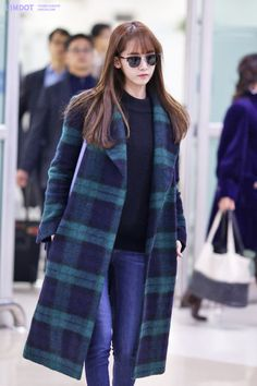 GIRLS GENERATION, the best source for photography, media, news and all things related. Snsd Fashion, Fashion Now, Winter Fashion Outfits, Asian Fashion, Girl Fashion, K Idol, Seohyun, Korean Outfits, Work Attire