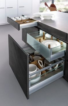 CONCRETE-A › Lacquer › Modern style › Kitchen › Kitchen | LEICHT – Modern kitchen design for contemporary living