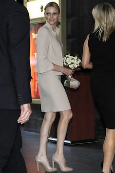 Princess Charlene, in Akris, visited the Melbourne Town Hall on Friday