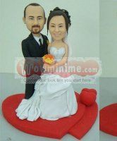 Custom cake toppers with love heart - custom cake toppers personalized make from your own photos, top level custom cake toppers for wedding, anniversary and any occasions. Personalized Wedding Cake Toppers, Custom Cake Toppers, Wedding Of The Year, Amazing Wedding Cakes, Bobble Head, Dream Wedding, Wedding Stuff, Love Heart, Anniversary