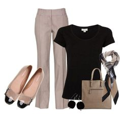 A great color combination of Neturals and Black. Great for a casual day at the…