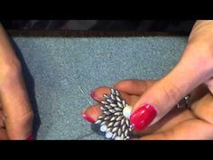 tutorial perline orecchino FRIDA - YouTube