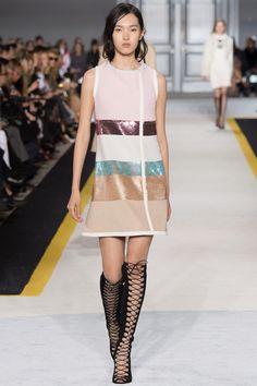 Giambattista Valli Fall 2015 RTW Runway - Vogue-Paris Fashion Week