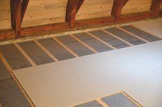 alpor Decken-Dämmplatten GD, Belagsplatten auf Holzlatten verschrauben Tile Floor, Flooring, Texture, Diy, Crafts, Home Decor, Wood Slats, Surface Finish, Manualidades