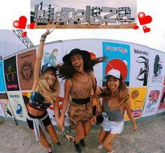 Vamos combinar, festival de música, seja o estilo que for, sempre é lugar garantido de gente estilosa.