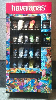 93d97b17f1a5 Havaianas vending machine in Australia. Also good for tourist destinations  to put things like sunscreen and shades in  )