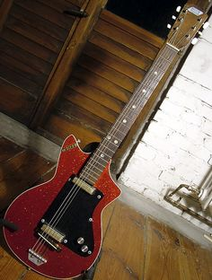 Meazzi 61-63 - Fetishguitars.com Guitar Painting, Guitar Art, Acoustic Guitar, Vintage Electric Guitars, Vintage Guitars, Types Of Guitar, Guitar Pins, Beautiful Guitars, Guitar Design