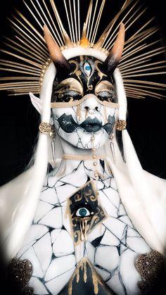 Fantasy Makeup, Fantasy Art, Creative Makeup Looks, Cosplay, Angels And Demons, Makeup Art, Demon Makeup, Art Reference Poses, Character Design Inspiration