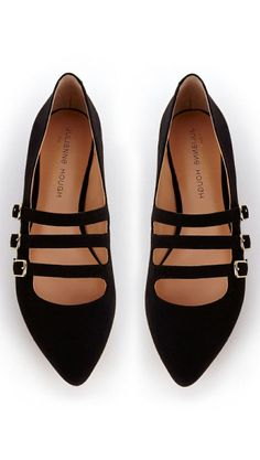 Love these Strappy Flats ♡