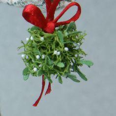 Make Miniature Mistletoe Christmas Balls for Dolls House ScaleScenes.