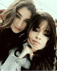 Lauren and Camila Fifth Harmony Camren, Kiss Beauty, Camila And Lauren, Jane Hansen, Beautiful Love Stories, Female Singers, American Singers, Lgbt, Brows