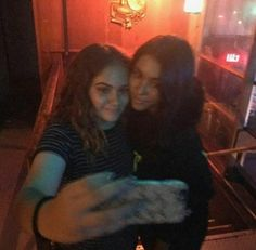 Madison Beer with a fan at Sammy Wilkinson's show at Troubadour!  (October 28th, 2016) #Madisonbeer