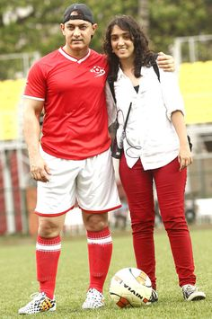Entertainment Discover Cinema : Aamir Khan with daughter Ira at a charity football match organised by Ira Indian Bollywood Actress Bollywood Fashion Lara Dutta Bollywood Pictures Actor Picture Actors Images Aamir Khan Sara Ali Khan Football Match Indian Actress Hot Pics, Indian Bollywood Actress, Bollywood Fashion, Celebrity Couples, Celebrity Pictures, Lara Dutta, Bollywood Pictures, Actor Picture, Aamir Khan