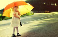 Find out: Cute Umbrella Girl wallpaper on  http://hdpicorner.com/cute-umbrella-girl/