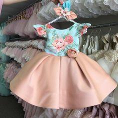 Leila Dress (Peach)