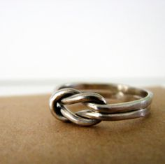 Sterling Silver Lovers Knot ring Valentines $30