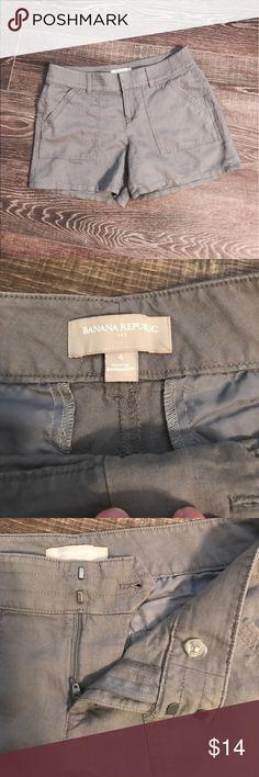 Banana Republic linen shorts Banana Republic factory gray linen shorts. So light and perfect for hot summer days! 55% linen, 45% cotton. Machine washable! In great condition. Banana Republic Shorts