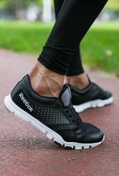 Light as a feather and streamlined, the Reebok Yourflex Train 7.0 is the perfect trainer.