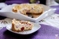 Cheesecake s čerešňami a mandľami
