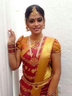 Pugf sleeve for bridal blouse. Srilankan bride