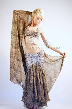Snake Charmer Collection - not fond of the leopard print, but the design is pretty 1000 Ways To Die, Dance Store, Belly Dance Costumes, Dance Fashion, Cabaret, Costume Ideas, Snake, Dancer, Couture