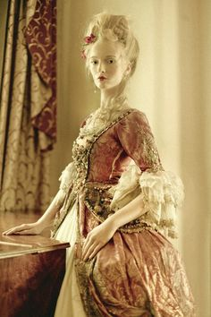 Themed party Marie Antoinette Let them eat cake! Rococo Fashion, Victorian Fashion, Vintage Fashion, Victorian Lace, Historical Costume, Historical Clothing, Moda Medieval, Rococo Dress, Baroque Dress