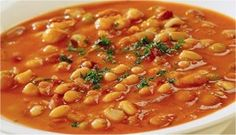 Fasolada (Vegetarian Greek Bean Soup) A simple, hearty, country meal for a cold winter's night. Add a nice Horiatiki (Greek Country Salad) and a flat bread and you have just transported yourself to Greece for dinner. Vegan Soups, Vegetarian Recipes, Cooking Recipes, Healthy Recipes, Bean Soup Recipes, Lima Bean Recipes, White Bean Recipes, Greek Cooking, Greek Dishes